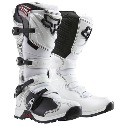 Fox_comp5boots_white